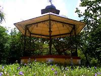 Quiosco Parque Centenario yucatan mexico kiosco