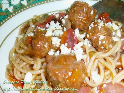 Pinoy Spaghetti Longganissa