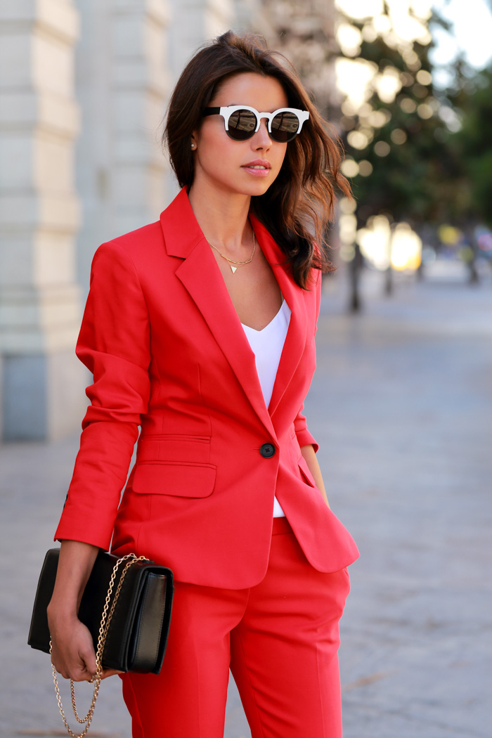Fashion Blog By Annabelle Fleur: THE POWER RED
