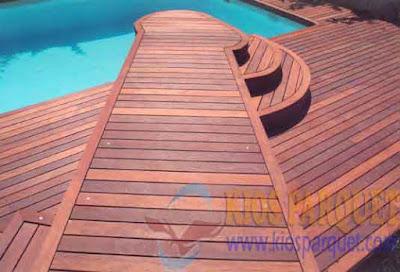 contoh lantai kayu outdoor | Decking kayu bengkirai terpasang
