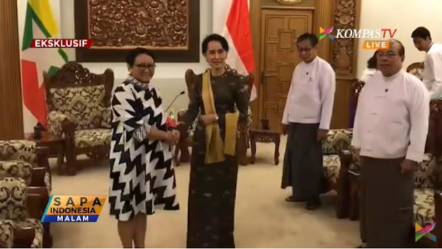 Fadli Zon: Menlu RI ke Myanmar Masih Senyam-Senyum