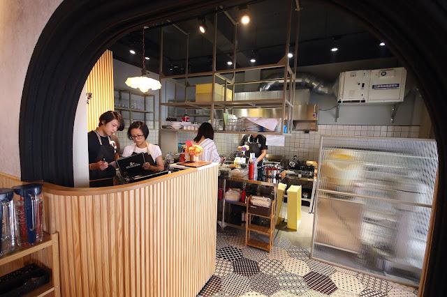 台南田中漢堡 タナカバーガー