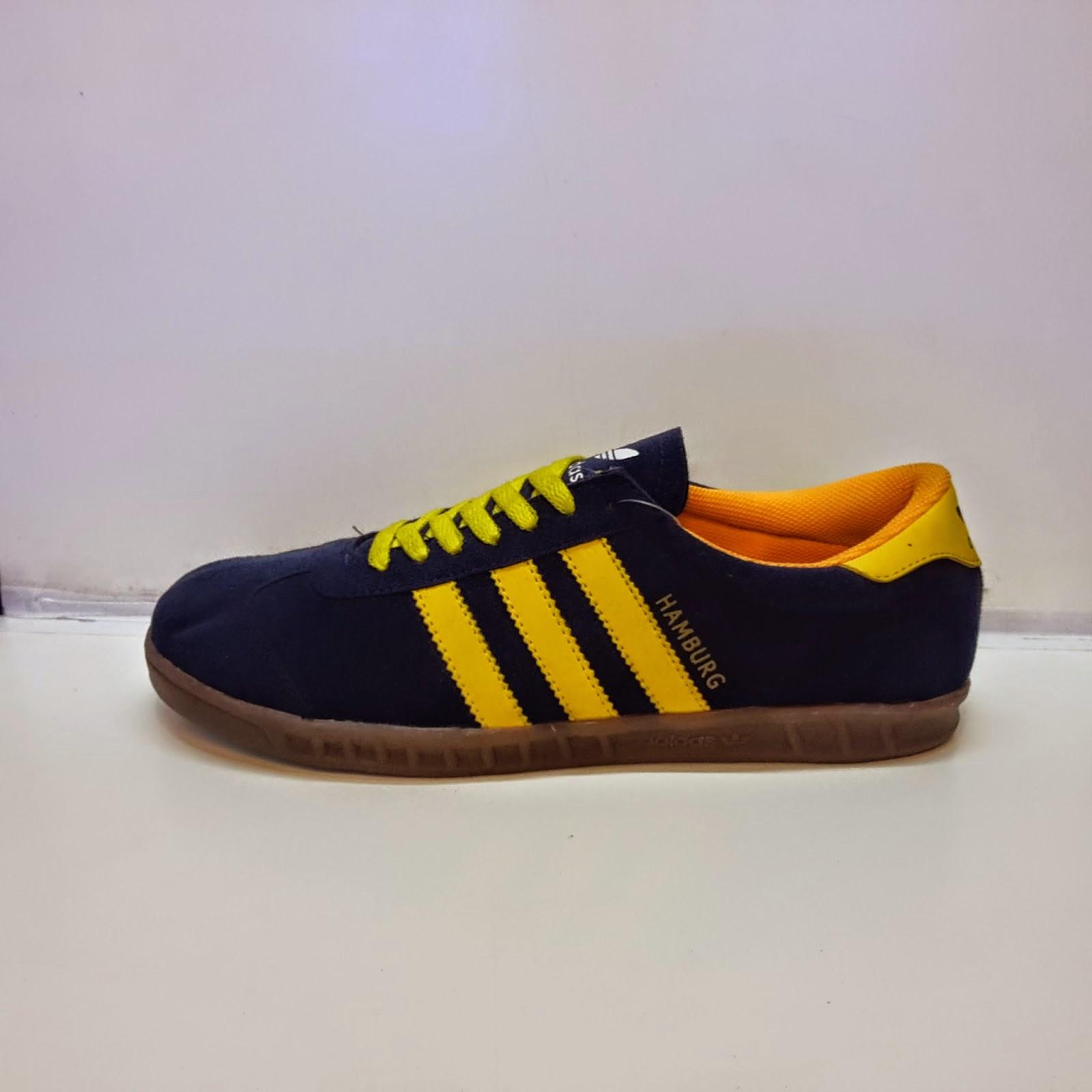 e27efd03b53a9e Sepatu Adidas Hamburg   Toko Sepatu