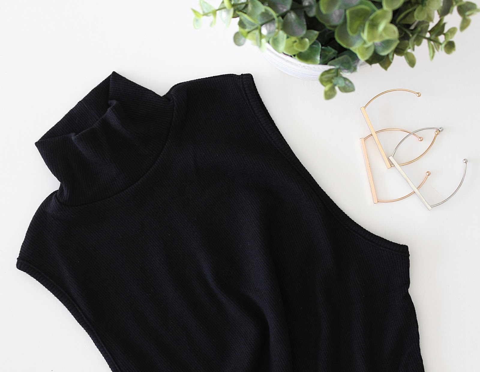 ASOS Haul - ASOS Turtle Neck Ribbed Body in Black