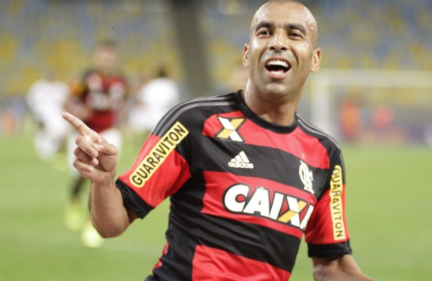 Flamengo brilha e bate o Florminense