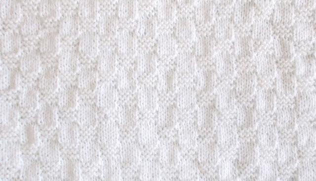 Marianna's Lazy Daisy Days: Willow ~ Preemie Baby Blanket