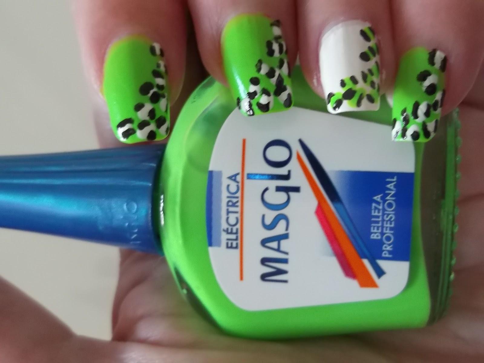 Belswan: Manicura con esmalte Masglo \