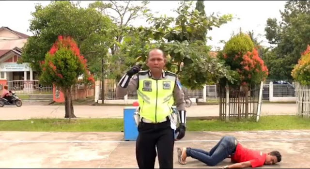 Lucunya Video Oknum Polisi Yang Memparodykan Lagu Wic wic ah ah ui ui.