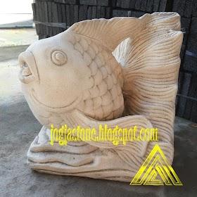 patung ikan hias