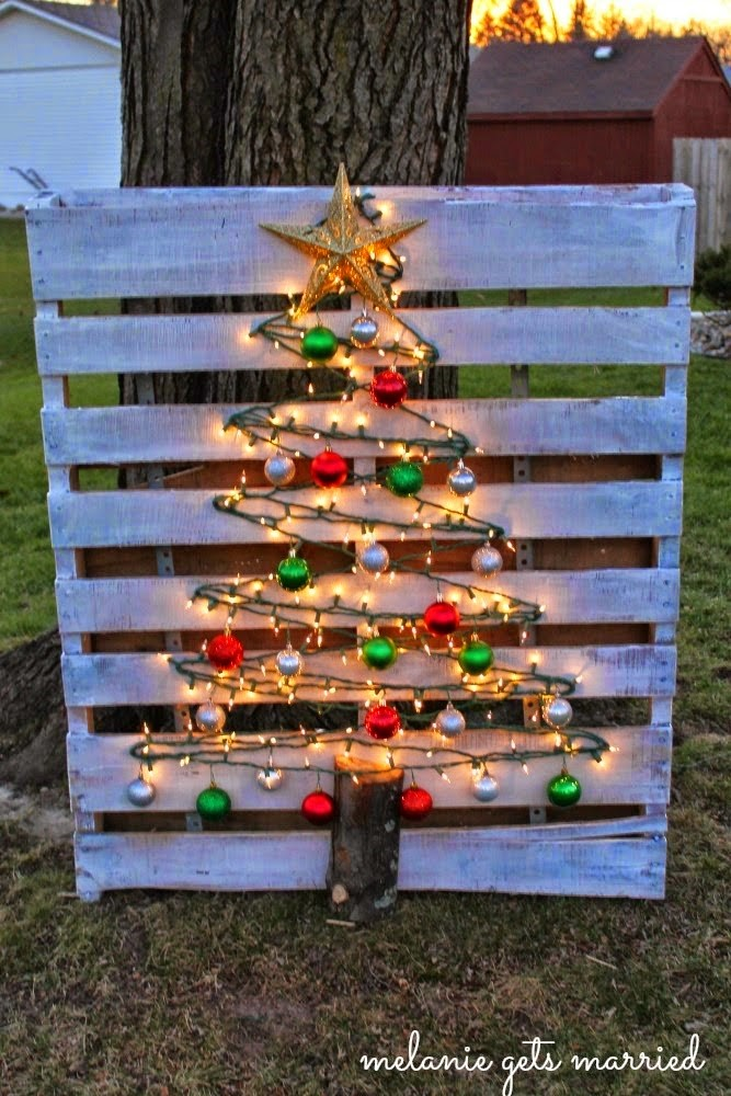 amazing diy christmas tree of stringing lights outdoor christmas decorations elegant and cheap diy