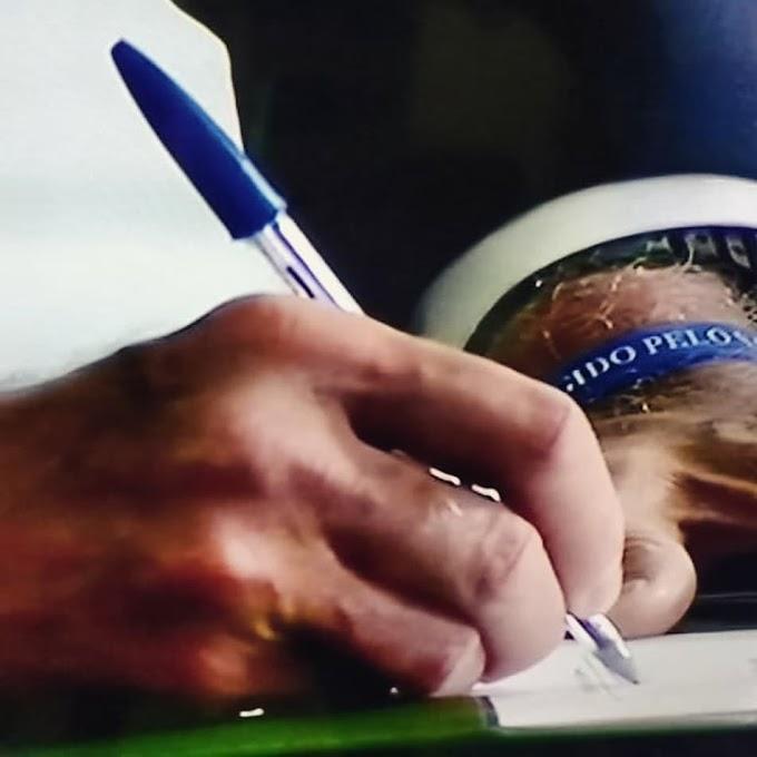 Marca de caneta aproveita o bom momento após Jair Bolsonaro assinar o termo de posse
