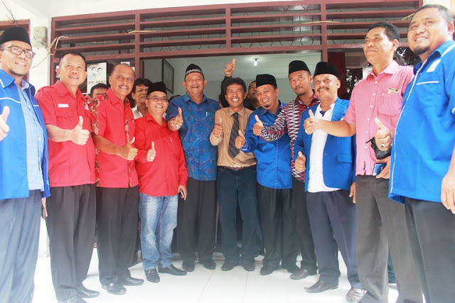 Ahlan Wa Sahlan Bang Ondim : H. Syah Afandin  Daftar Ke PDI P & PPP Langkat