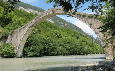 Γεφύρι της Πλάκας: Το καλοκαίρι θα ξεκινήσουν οι εργασίες αναστήλωσης