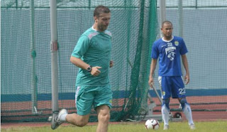 Baru Sekali Pimpin Latihan, Radovic Tinggalkan Persib Bandung