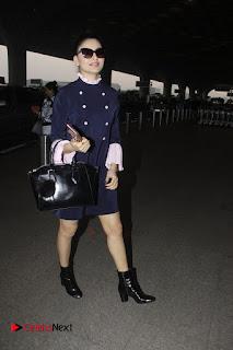 Bollywood Actress Model Urvashi Rautela Pos at Mumbai International Airport  0007.jpg