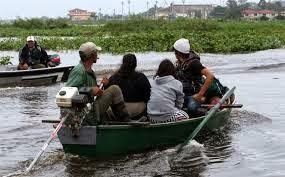 200 MIL DESPLAZADOS POR INUNDACIONES EN PARAGUAY, 20 DE JUNIO 2014