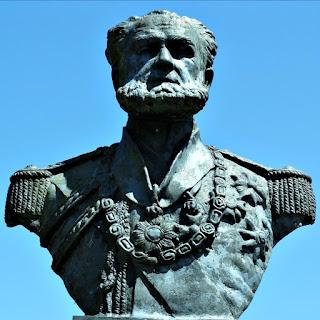 Busto em Bronze do Marquês de Tamandaré (Close) - Parque Marinha do Brasil