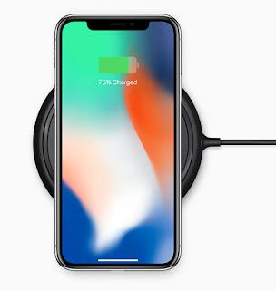 شركة آبل تعرض هاتف آيفون الجيل الثامن