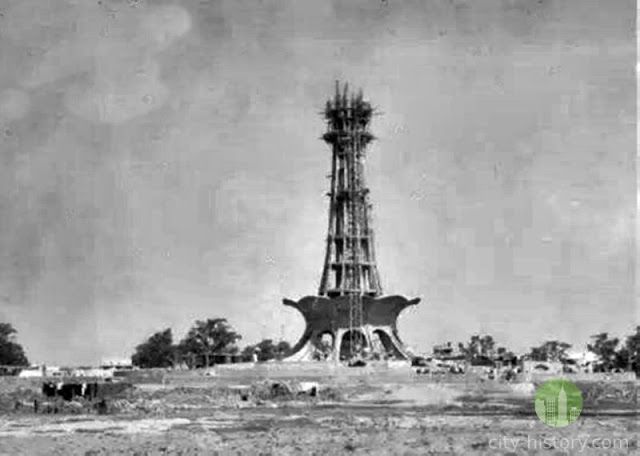 Construction of Minar-e-Pakistan Pictures from History