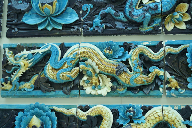 dragon jaune terre cuite chinoise