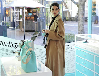 Ana De Armas Shopping At Tiffany Co Pop Up Store At The Grove
