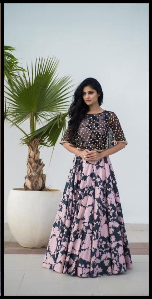 P.V.Sindhu in Mrunalini Rao in Old Rose Black Print Cape Dress