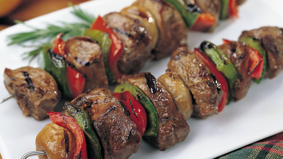 How to Make Tenderloin Steak and Pepper Kabobs