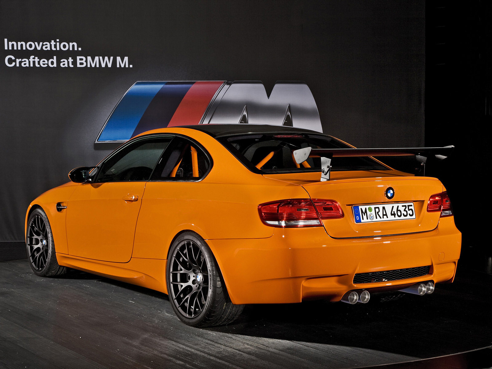 http://2.bp.blogspot.com/-vw0gstNYpUs/Th-w9YpEpQI/AAAAAAAAAPQ/U9ezH4HNSXI/s1600/BMW-desktop-wallpapers_M3_GTS_2011_2.jpg