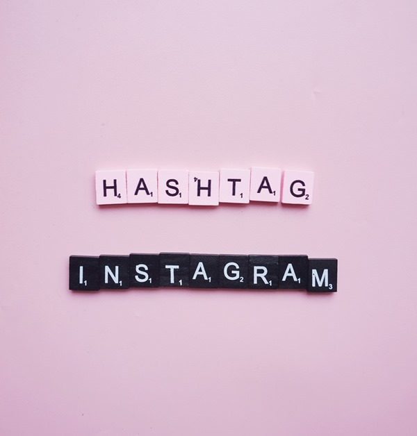 scrabble, hastag instagram, flatlay