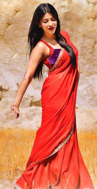 Shruti Hassan in sari