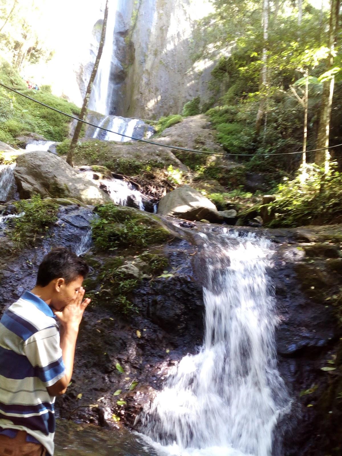 Traveling: Keindahan Air Terjun Dolo