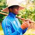 Dayron Robles vende su imagen en paquete de Airbnb en La Habana