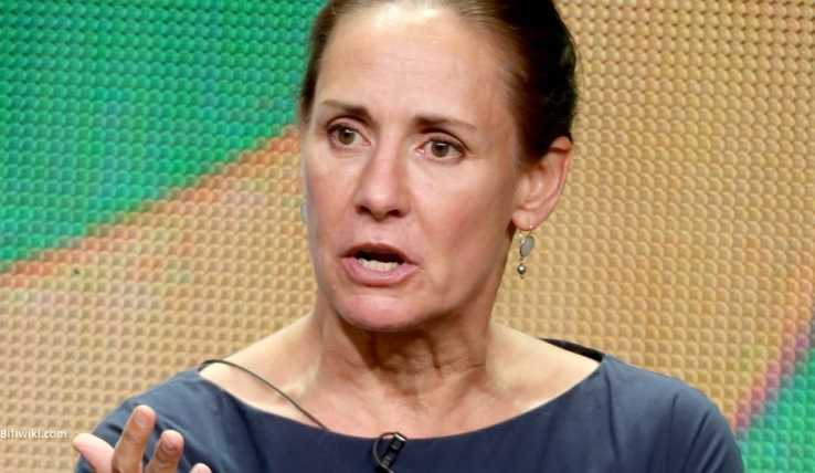 Laurie Metcalf (Actress) | Bio, Birthday, Age, Height ...