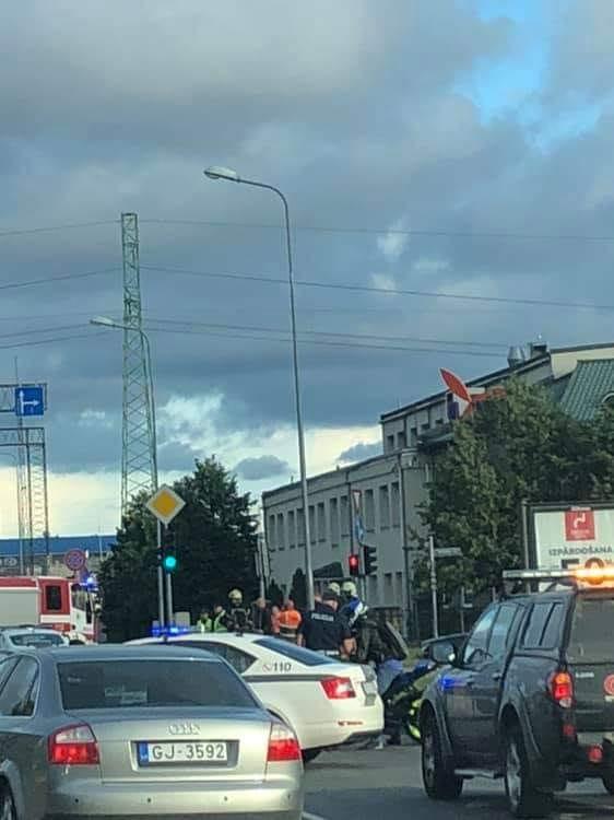 Hidrauliskā eļļa kļūst par iemeslu avārijām Rīgā