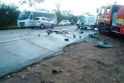 Bombeiros atuam em acidente grave na BR-235