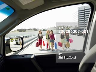 Tips Parkir Mobil yang Aman dan Nyaman