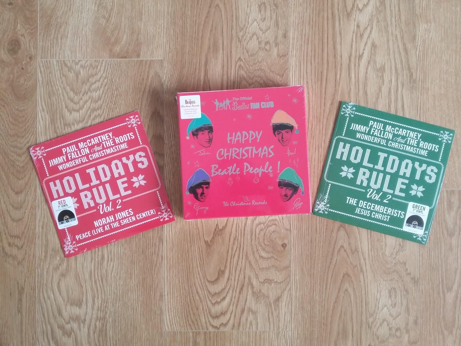 "Snowflakes Christmas Singles: A Paul McCartney Christmas on 7"" vinyl"
