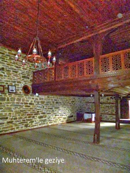 Dere Cuma Camii-İç Mekan