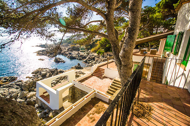 Beachfront House Llafranc