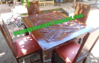 Meja kursi makan daun pisang Jok