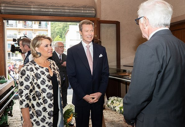 Grand Duke Henri and Grand Duchess Maria Teresa visited Bettembourg and were welcomed by Mayor Natalie Silva and Deputy Prime Minister Xavier Bettel