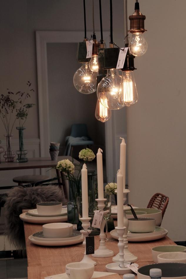 Messeeindrücke von der Ambiente 2016 bei Hübsch Interior, Tablesetting, gedeckter Tisch, Glühlampen