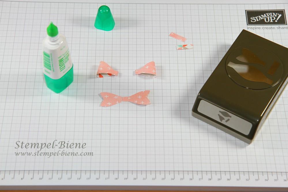 Anleitung Elementstanze Schleife, Schleifenstanze, Stampin Up Frühjahrskatalog, Stampin Up Sammelbestellung, Sale a bration, Stempel-Biene