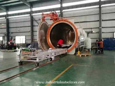 Horizontal-Composite-Autoclave-Installed-and-Used-On-Site-In-Xi'an-1-1