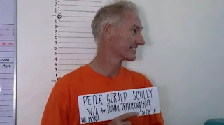 بيتر سكولي في السجن