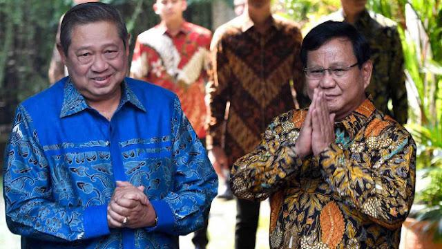 SBY Merapat ke Prabowo, Begini Respon HRS