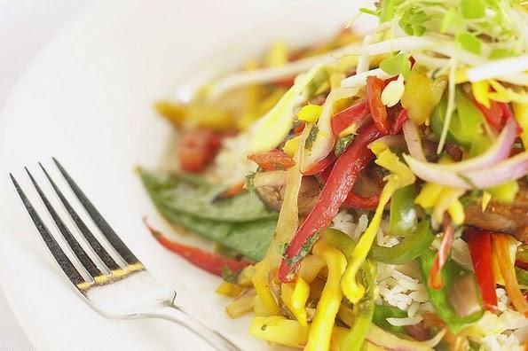Come distintas verduras y vegetales