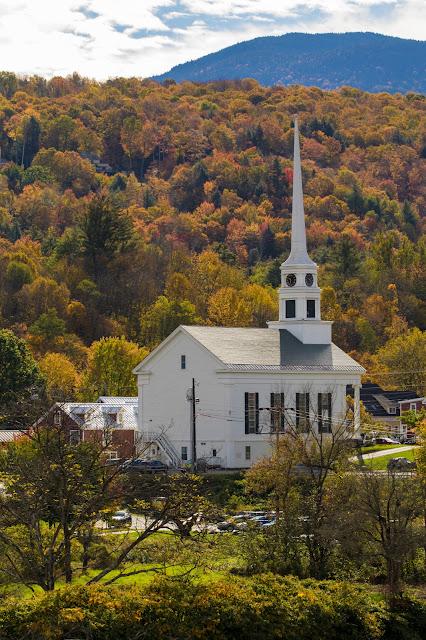 Chiesa di Stowe e foliage