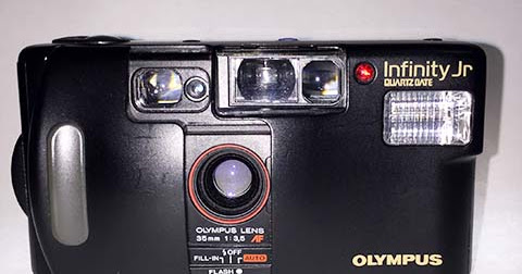 Olympus Infinity Jr - A Simple P&S