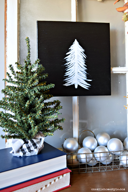 How to create your own black and white DIY holiday art